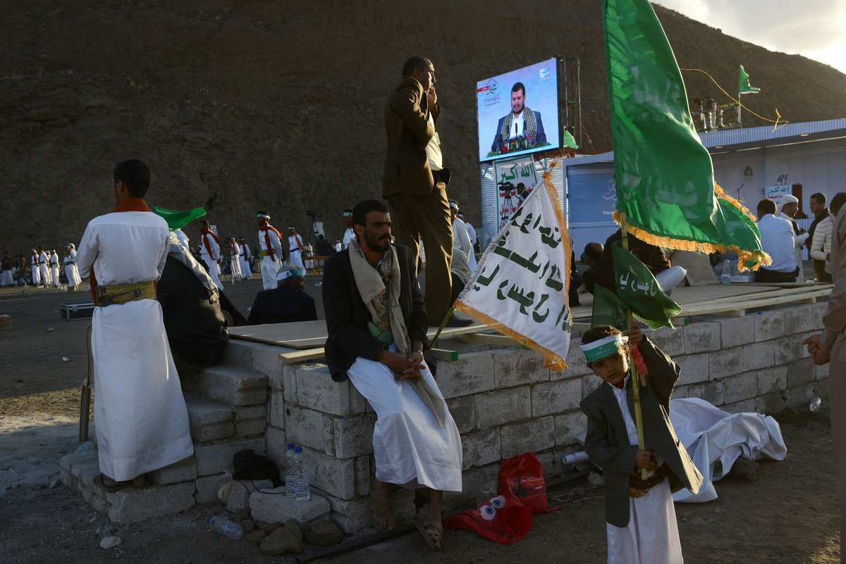 Yemen-Houthis-02